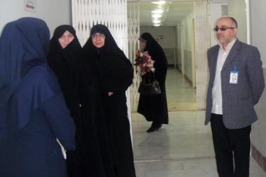 بازدید مدیرکل امور بانوان و خانواده استانداری از مرکز آموزشی و درمانی 22بهمن